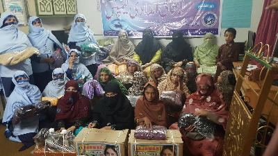 غریب اور مستحق خواتین کیلئے امدادی کیمپ