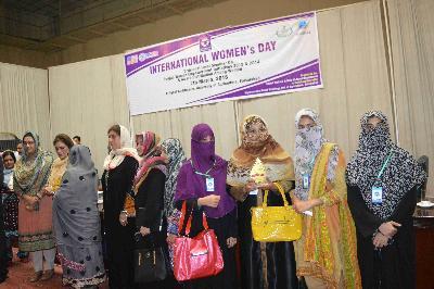 لاثانی ویلفئیر فاؤنڈیشن رجسٹرڈ انٹرنیشنل کو خواتین کے عالمی دن کے موقع پر ایوارڈ دیا گیا